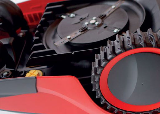 Mähroboter | AL-KO Robolinho® Autoupdater - Schritt 8: Robolinho auf mindestens 80 % laden und einschalten